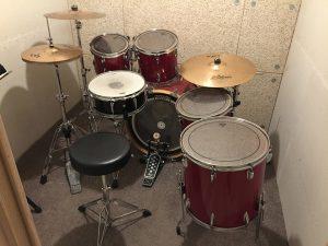 L'école de musique Drums&Co.ch propose des boxes d'entrainement en accès gratuit à ses élèves.
